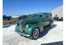 Olds Eight 1938